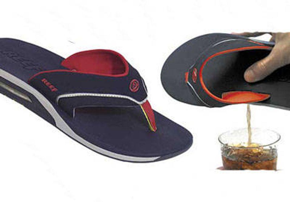 Sandaler med drikkelager