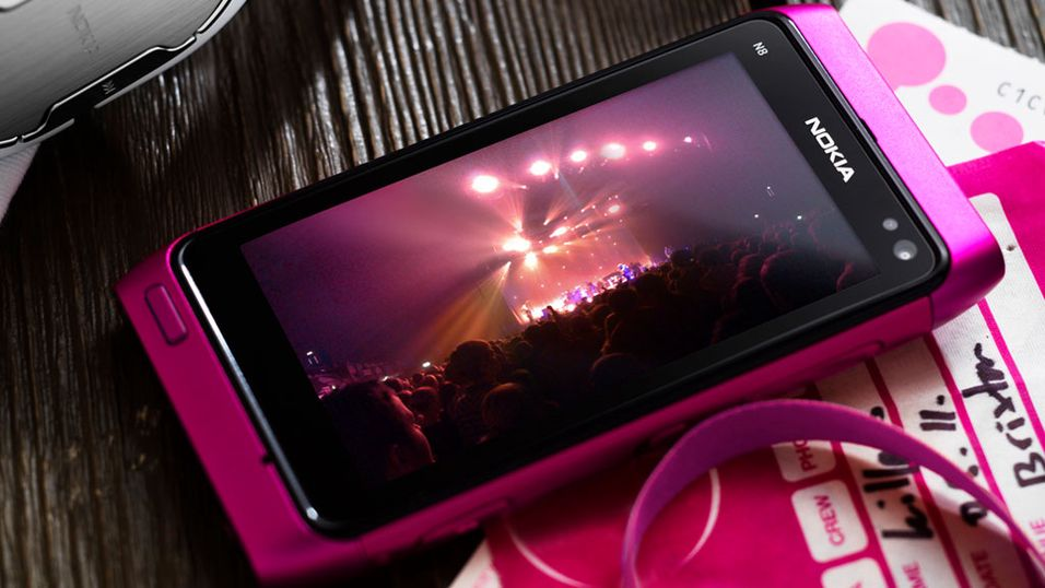 Nokia N8, C7 og E7 raser ned i pris
