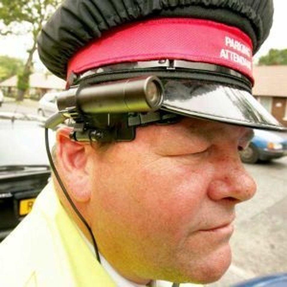 RoboCop inntar britiske gater