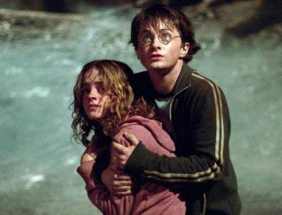 Kunder har motatt siste Harry Potter bok