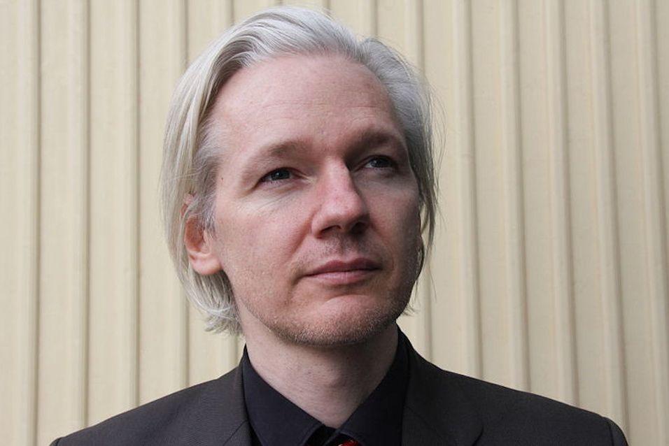 Hele nettet kunne spørre Wikileaks-spakeren hva de ville