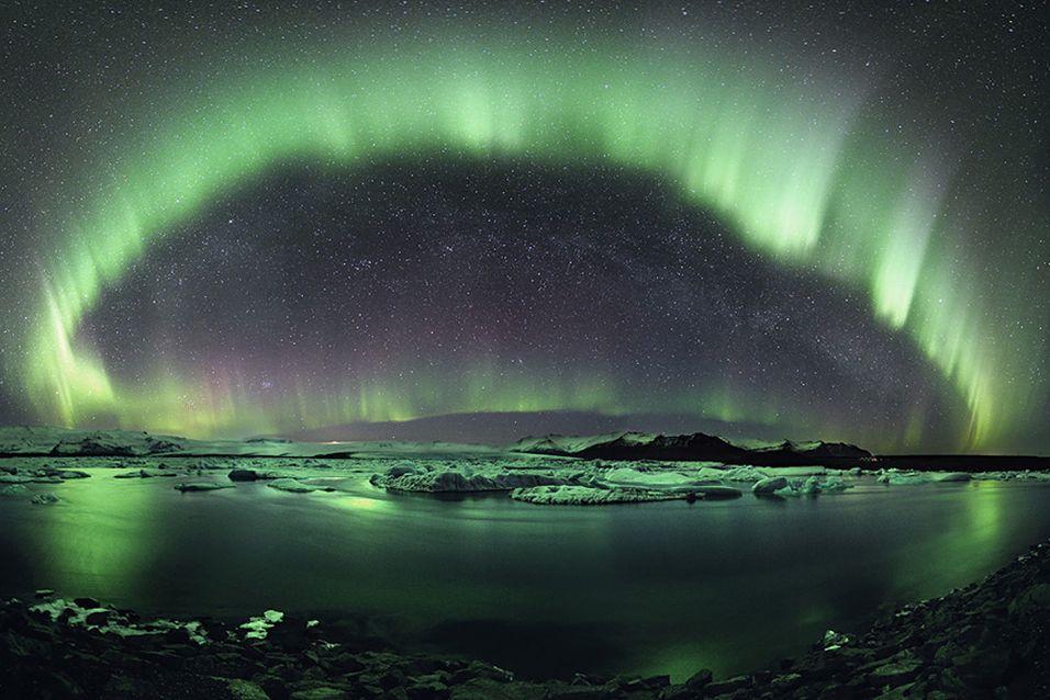 """""""A Starry Night of Iceland"""" av Stephane Vetter."""