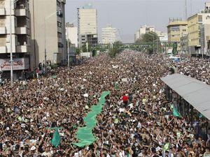 Protester i Iran i 2009. Foto: Emiliya 1998