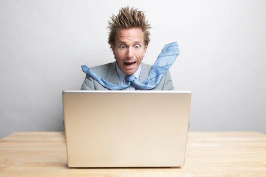 Med Shamebegones epost-tjeneste trenger du ikke lenger å skrive de vanskelige mailene selv. Foto Istock.