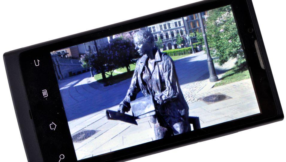 TEST: Huawei U9000 Nero