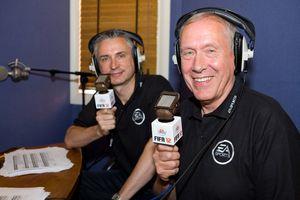 Alan Smith (t.v.) og Martin Tyler i aksjon.