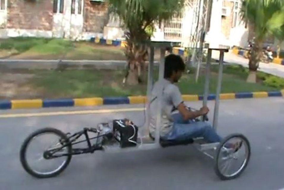 Bygde solcelledrevet sykkel for 3000 kroner
