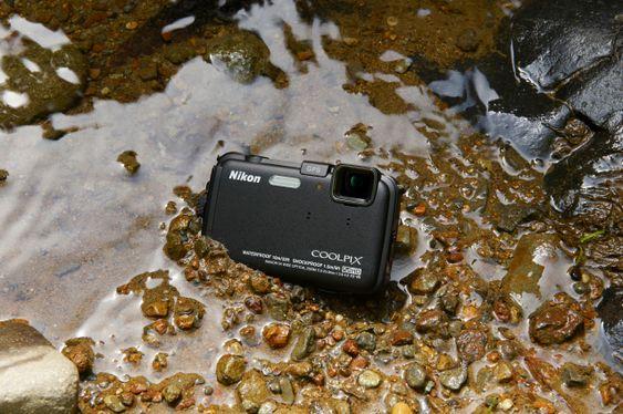 Nikon Coolpix AW100 blir gjerne med i skauen. Eller fjellet. Eller sjøen.