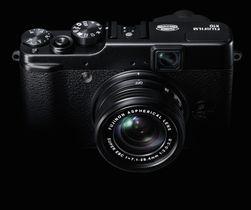 X100s lillebror, X10 er nok et retrokamera fra Fujifilm. Det blir spennende å se om et systemkamera i X-serien vil følge denne stilen.