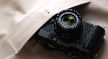 Fujifilm X100 får en hot lillebror