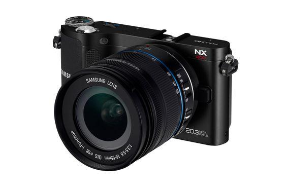 Samsung NX200.