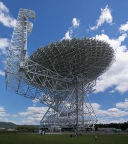 ÅRSAKEN: Green Bank har verdens største fullt styrbare radioteleskop. Det kan forstyrres av trådløse signaler.