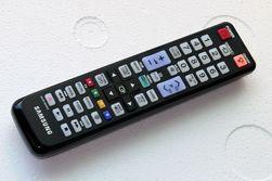 Fjernkontrollen holder ikke samme stil som designen til TV-en.