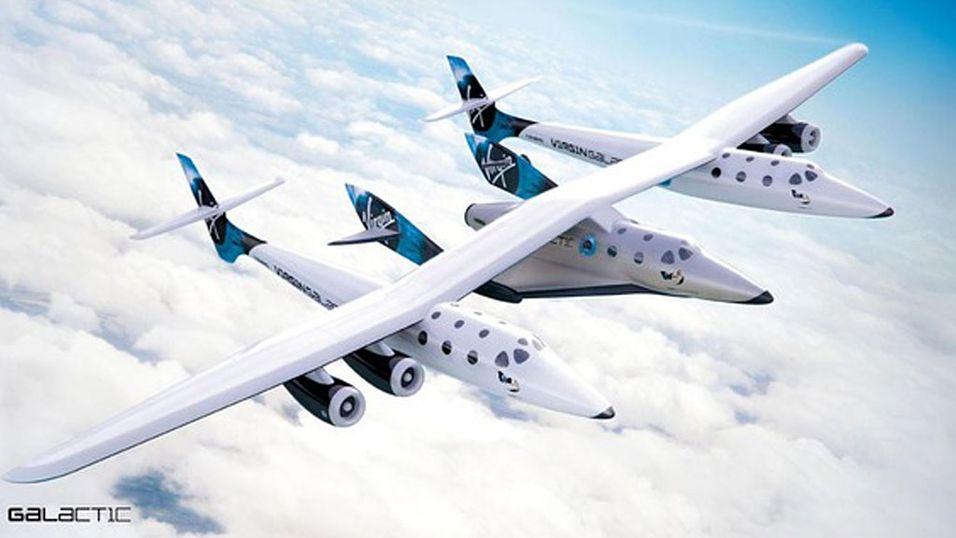 Da bæreflyet slapp romskipet, reagerte det ikke som det skulle, og styrtet mot bakken.  (Foto: Virgin Galactic)