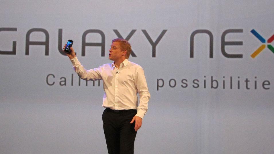 SNIKTITT: Vi prøvekjører verdens heftigste mobiltelefon