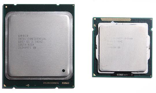 LGA2011 til venstre, LGA1155 til høyre.