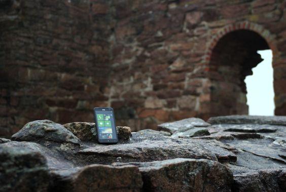 Windows Mobile var populært, men ligger nå i ruiner. Windows Phone 7.5 Mango er en god erstatter! (Foto: Einar Eriksen)