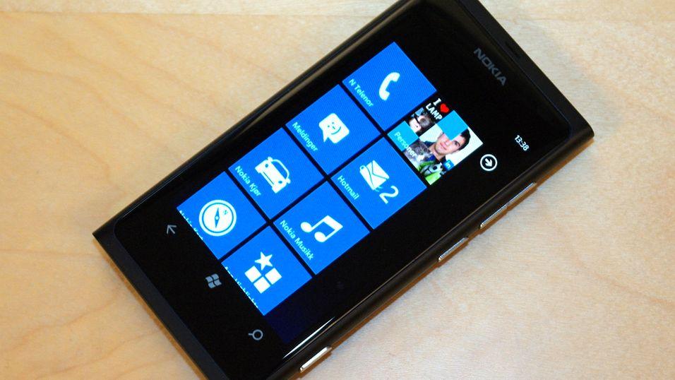 SNIKTITT: Her er Nokias første Windows-mobil
