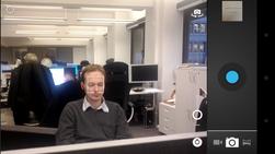 Den nye kameraappen finner ansikter og fokuserer på dem helt på egen hånd.