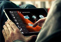 Smart HDL-løsningen kan styres fra mobilen, eller som her, via en iPad med iRidium programvare.