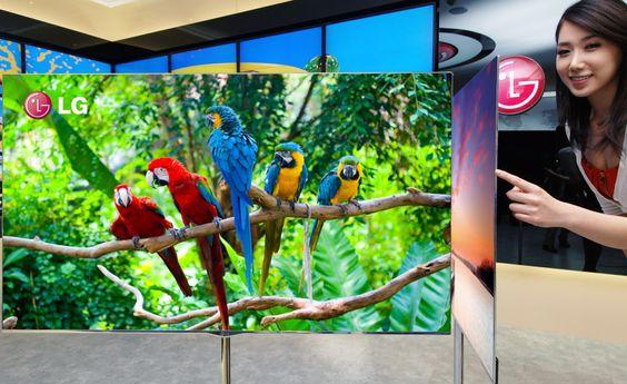 OLED-skjermene er både tynnere og bedre enn dagens LED-teknologi takler, men foreløpig er det dyrt å være best.