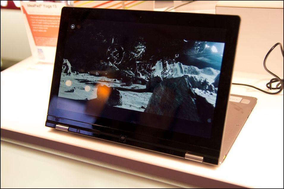 Fleksible Lenovo Yoga skal komme med berøringsskjerm.