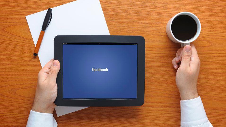 Facebook på jobben er greit