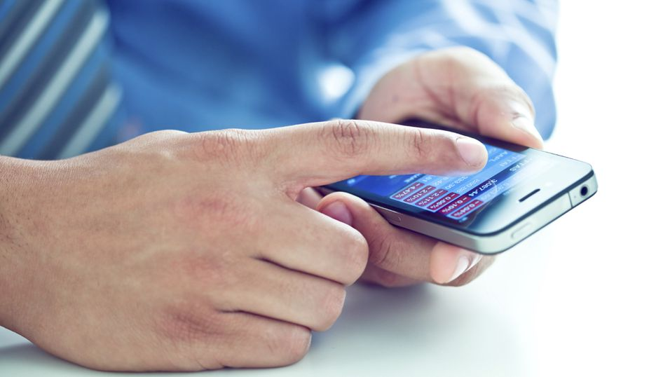 Antall private mobiler som kobler seg opp mot bedriftenes nettverk har økt dramatisk i løpet av de siste to årene. (Foto: iStockPhoto)